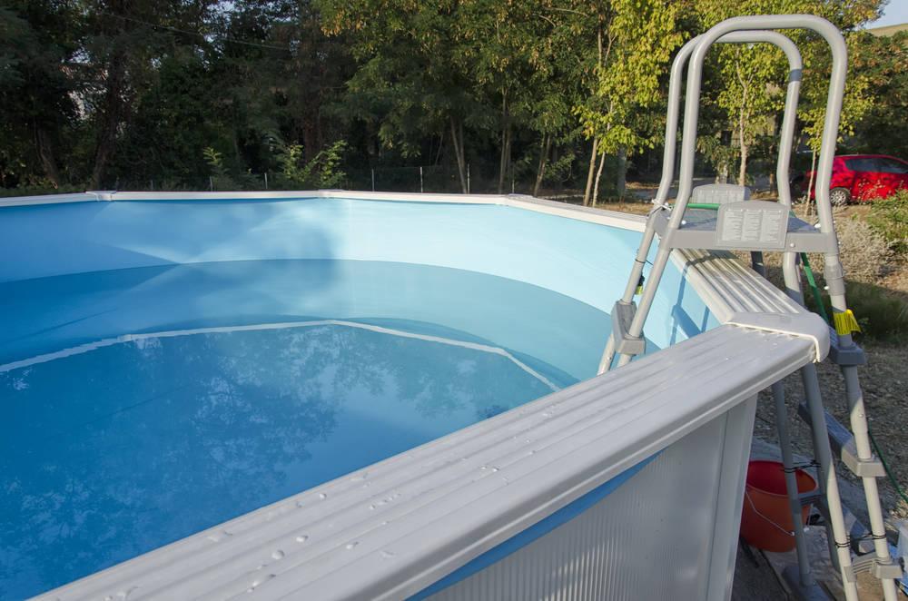 Cómo elegir una piscina de poliéster